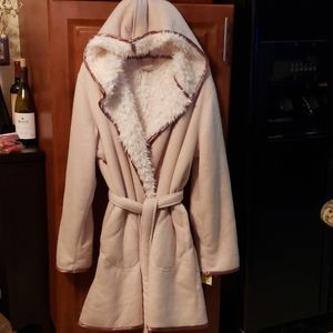 NWT GINGER&JASMINE SHERPA HOODED & POCKETED ROBE